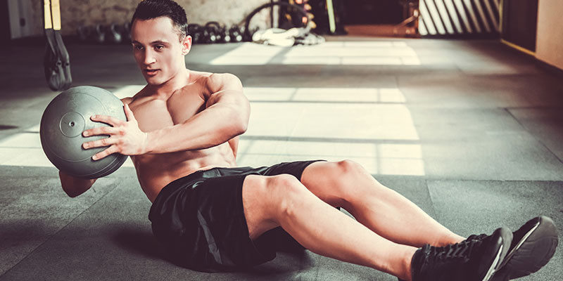 Hay muchos tipos de ejercicios para fortalecer el abdomen (iStock)