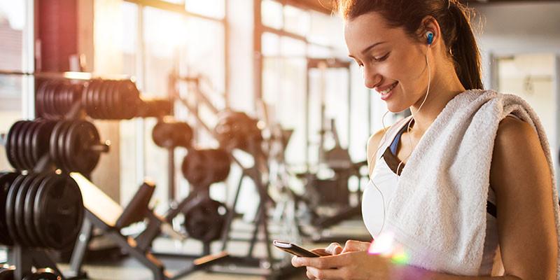 Elije unos horarios que te permitan llegar al gimnasio con cierta calma (iStock)