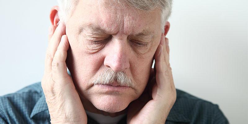 Masajes en la zona mandibular (iStock)