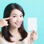 8 trucos para reducir las bolsas de los ojos