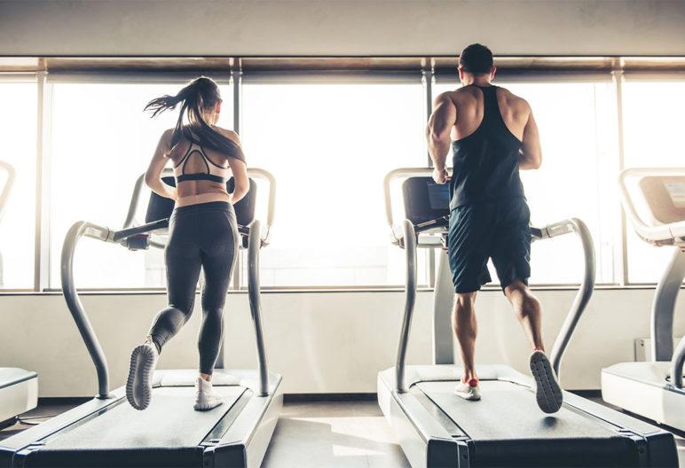 Muchas circunstancias afectan a la respuesta a cuántos días debemos ir al gimnasio (iStock)