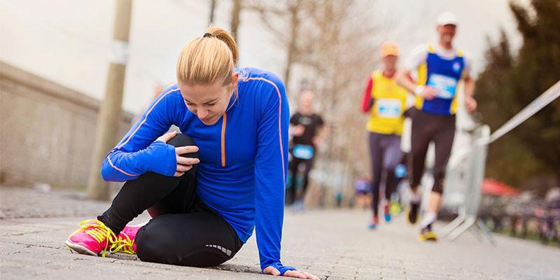 Estirar antes de entrenar puede provocar lesiones (iStock)