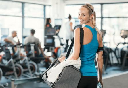 Con estos bolsos y mochilas deportivas podrás practicar ejercicio llevando todo lo necesario encima (iStock).
